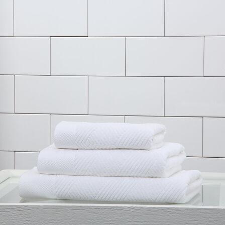 Diamonds Bath Towel