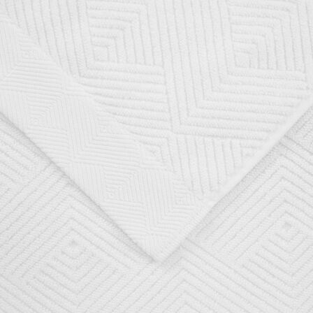 Diamonds Bath Towel